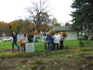 Food Pantry Garden with the Monroeville Foundation